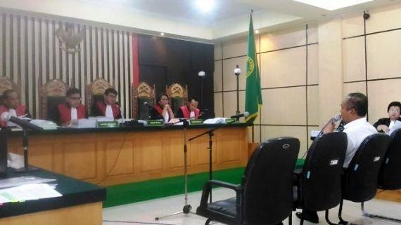 Wasis Sudibyo di Hadapan Majelis Hakim Sidang Pembuktian KPK