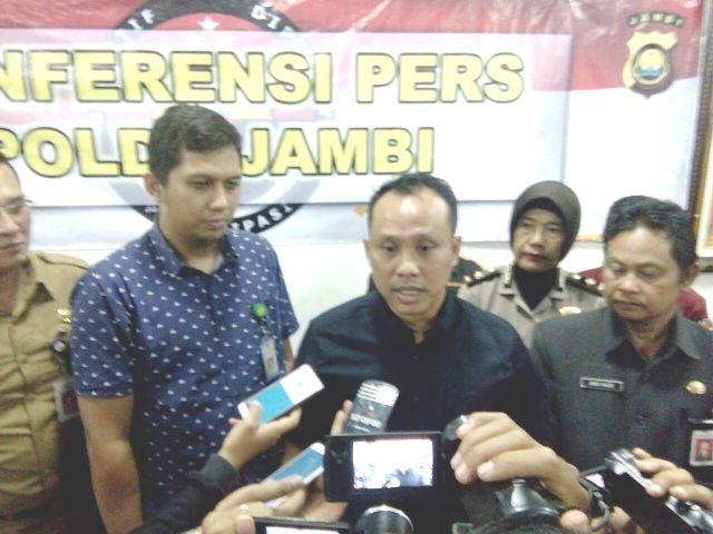AKBP Guntur Saputro dalam konferensi pers