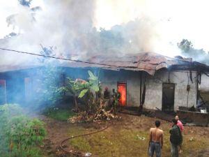 Kebakaran di Jambi Timur, 5 Unit Damkar Dikerahkan