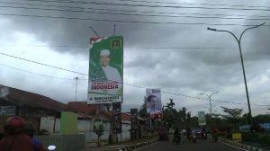Hari Ini Panwas Kota Jambi Bersihkan Alat Peraga Pemilu