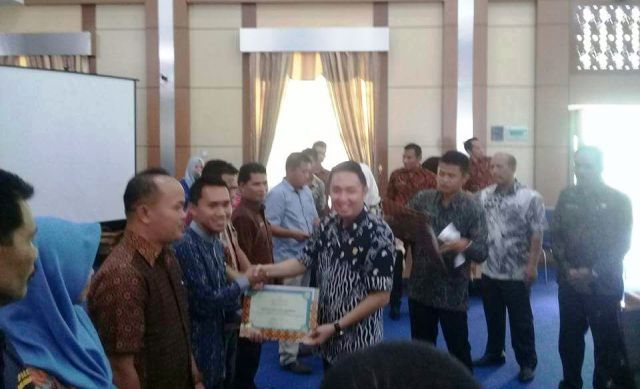 Ketua DPRD Kota Sungai Penuh Dampingi Wako Buka Acara Pekan Panutan PBB