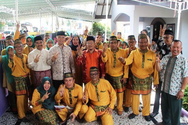 SAH bersama Fasha Maulana dan tokoh Paguyuban Kerukunan Keluarga Kisaran