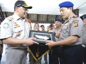 BKIPM KKP RI Beri Penghargaan Dir Pol Air Polda Jambi dan Jajaran