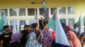 Dinilai Lakukan Diskriminasi, HMI UIN STS Jambi Tuntut Rektor III Turun