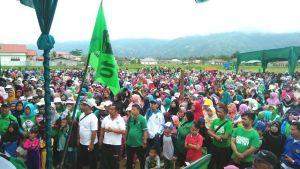 Adirozal Jalan Santai Bersama Ribuan Warga di Harlah PPP