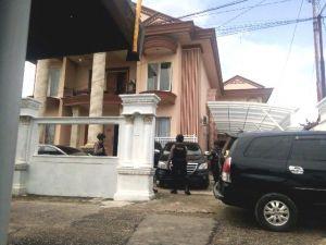 BREAKING NEWS : Rumah Kontraktor Ini Digeledah KPK terkait Kasus Zola