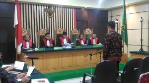 BREAKING NEWS: Dihukum Lebih Tinggi, Erwan Divonis 4 Tahun