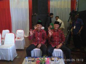 Debat Kandidat, Zainal-Arsal Tetap Kenakan Batik