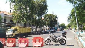 Pasca Ledakan Bom Pagi Ini, Sejumlah Jalan Menuju Mapolres Surabaya Ditutup