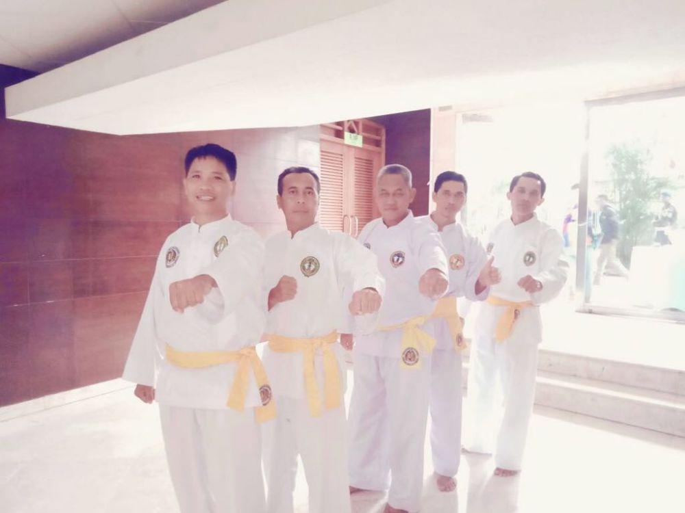 Dari Kiri wasit Filipina, Brunei Darussalam, Baharudin  Jambi Indonesia, Thailand, dan dari Jakarta Indonesia