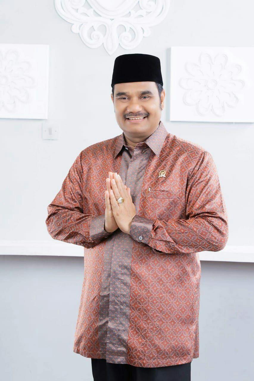 Sutan Adil Hendra