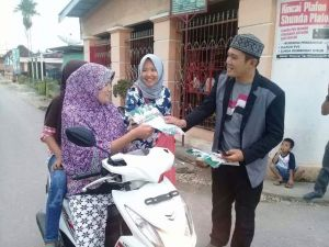 Garda dan Srikandi Zainal Arsal Terus Sapa Warga di Simpang Koto Lanang