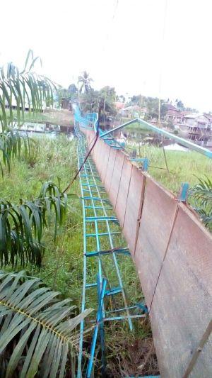 Jembatan Gantung Putus di Kumpeh, 6 Kendaraan dan Pengendara