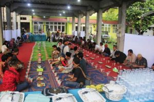 Gelar  Buka Bersama,  KKI WARSI: Jadikan Ramadan Momentum Perbaikan Prilaku Ramah Lingkungan