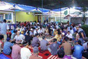 Ribuan warga Dusun Bangko Berbuka Bersama Bang Ojie