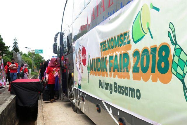 Suasana Telkomsel Mudik Fair 2018
