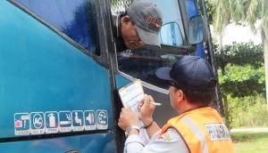 Arus  Mudik Terminal Muara Bungo  Meningkat, Bus Lolos Ramp Check Dipasangi Stiker