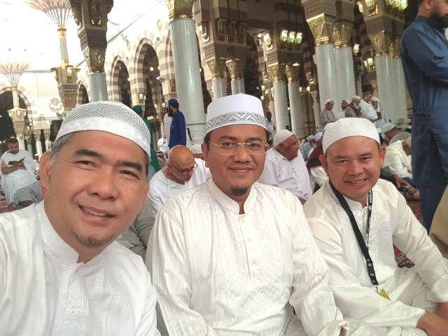 Fasha (kanan) bersama Maulana