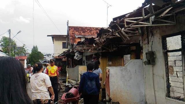 8 Rumah yang habis terbakar karena kebakaran tadi pagi Kamis (14/6/2018)