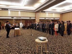 GALERI FOTO: 21 Komisioner 7 KPU Kabupaten Resmi Dilantik