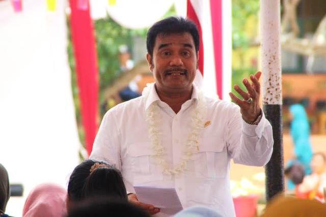 Sutan Adil Hendra (SAH)