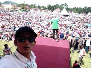 Baru jam 11, Lokasi Kampanye Zainal - Arsal Sudah Dipadati Puluhan Ribu Massa