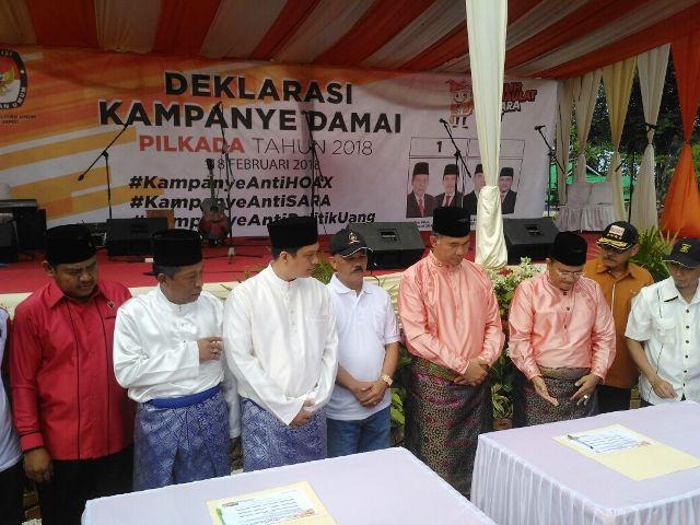 Sani-Izi dan Fasha-Maulana saat deklarasi kampanye damai