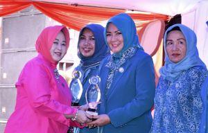 Yunninta Syahirsah Terima Penghargaan Pakarti Utama III