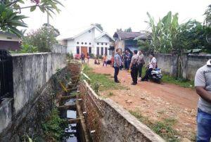 Warga Sungai  Pinang Temukan Mayat Lansia di Dalam Parit