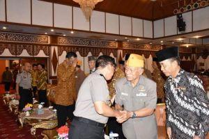 Kapolda Hadiri Syukuran Hari Nasional Veteran di Rumdis Gubernur Jambi