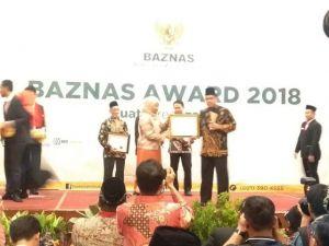 Insan Madani Jambi Sabet 2 Penghargaan LAZDA Terbaik 2018 di Indonesia