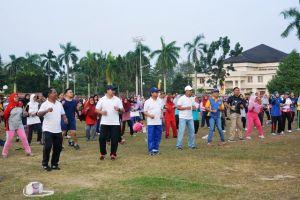 Diskepora Provinsi: Ayo Ramaikan, Jalan Santai di Komplek Perkantoran Gubernur Jambi