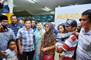 Wali Kota Syarif Fasha Pulangkan Warga Jambi Korban Gempa dan Tsunami Palu