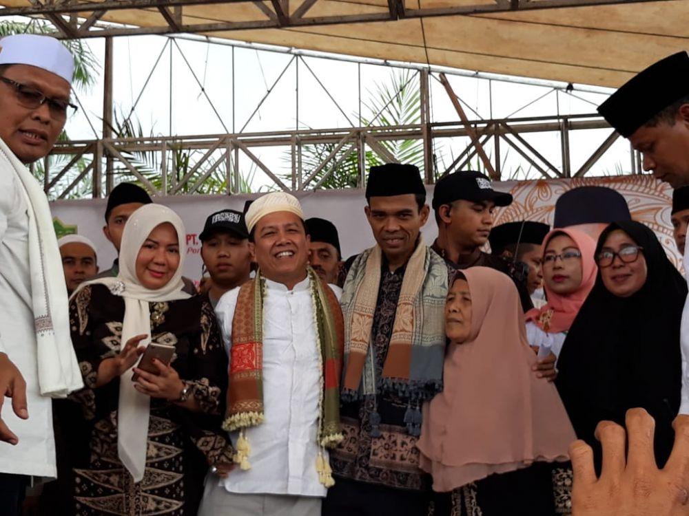 UAS bersama Bupati Batanghari dan Istri