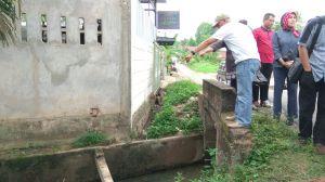 Komisi III DPRD dan PUPR Cek Drainase di Kaca Piring