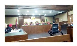 Tanyakan ke Zola Soal Kontraktor Pindahkan Kajati Purba, Hakim: Hebat Betul!