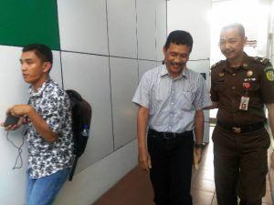 Nur Ikhwan dan Syahrial Tersangka Kasus Bintek DPRD Kota Ditahan