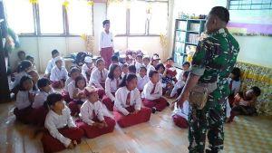 Satgas TMMD Berikan Wawasan Kebangsaan ke Siswa Sekolah Dasar