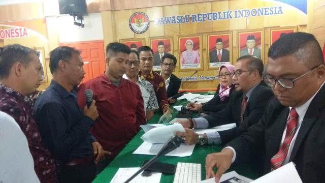 Suasana klarifikasi dengan melihat pembicaraan whats App antara Misgianto dan Arief Rahmanuddin