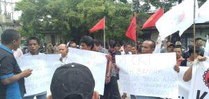 Ratusan Massa Datangi Kantor Bupati Tanjabbar Tuntut PT CKT Penuhi Janji ke KUD Tungkal Ulu