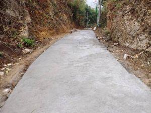 Jalan Tanjakan Gunung Guder Jadi Halus, Sehalus Pipi Siti