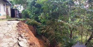 Tanah Longsor di Kenali Asam Bawah, Warga: Tahun 2018 Paling Parah