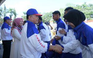 H Al Haris Lepas Kontingen Merangin Ikuti Porprov Jambi ke-22 di Kota Jambi