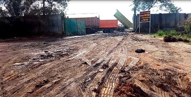 Stockfile PT KBPC Diprotes karena Rusak Jalan