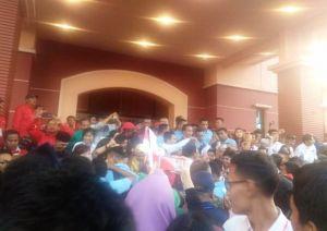 Jokowi Klarifikasi Isu Kampanye Hitam, Dari Tuduhan PKI Hingga Jadi Antek Asing