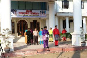 Kenakan Baju Teluk Belango, Amir Sakib Pimpin Upacara Perayaan HUT Jambi Ke-62