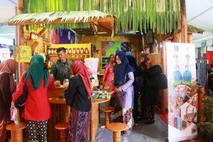 Stand Tanjabbar di Jambi Expo Pikat Pengunjung
