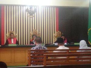 BREAKING NEWS: Mantan Bupati Sarolangun MadelDivonis Bebas