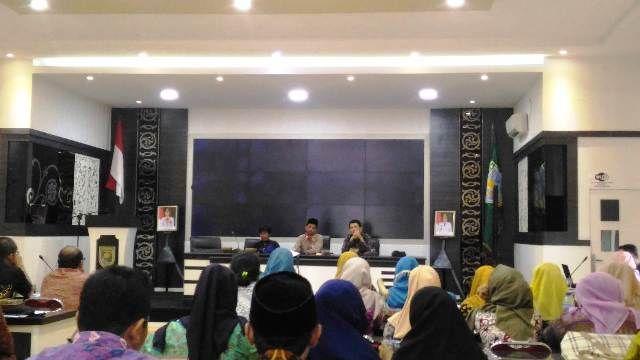 Relawan Demokrasi Kota Jambi Resmi Dikukuhkan, Ini Harapan Ketua KPU Yatno