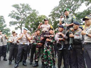 Jaga Sinergisitas Jelang Pemilu 2019, Kapolda dan Danrem 042/Gapu Apel Bersama